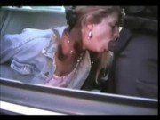Loira safadona fazendo boquete no policial negro