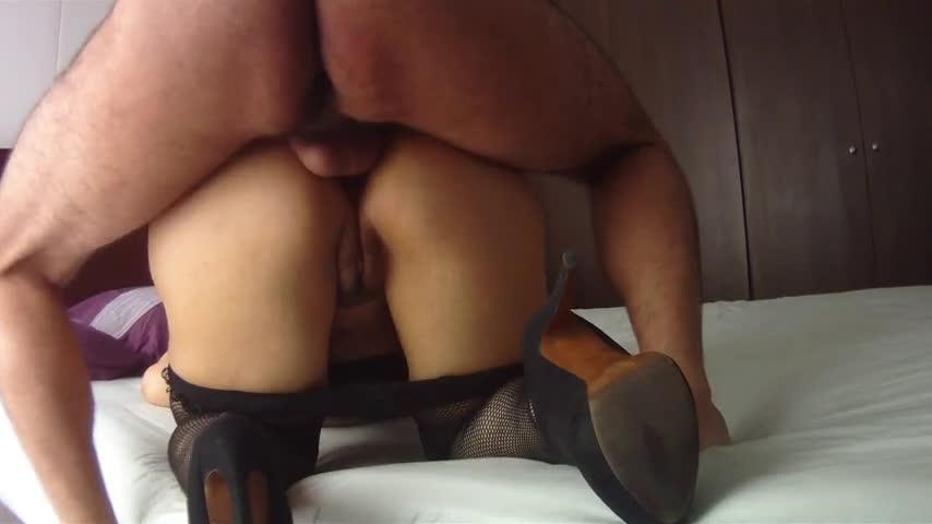 Gordo safado fazendo um filme de sexo com a esposa