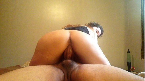 Antonela safada fazendo um vídeo de sexo amador com o amigo