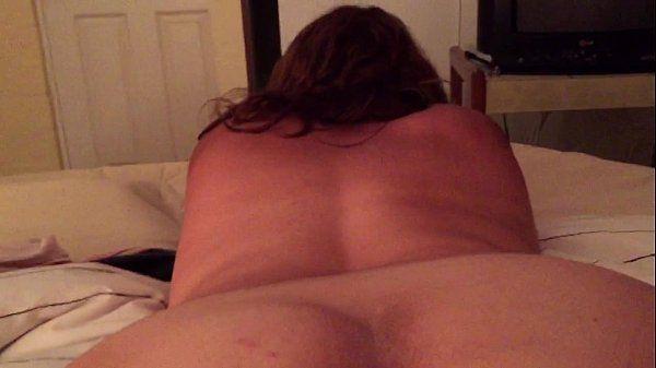 Esposa gostosa da porra curte levar uma pirocada