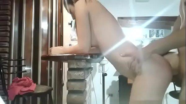 Marido safado fodendo sua gostosa de fio dental