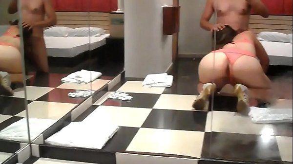Viciada em sexo fazendo a festa no motel