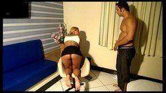 Pagou a puta pra comer no motel e ela deu um show na cama