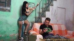 Rolou a putaria boa na favela
